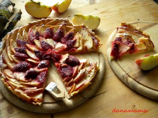 tarta rustica cu mere si capsune4