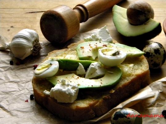 sendvis cu avocado2